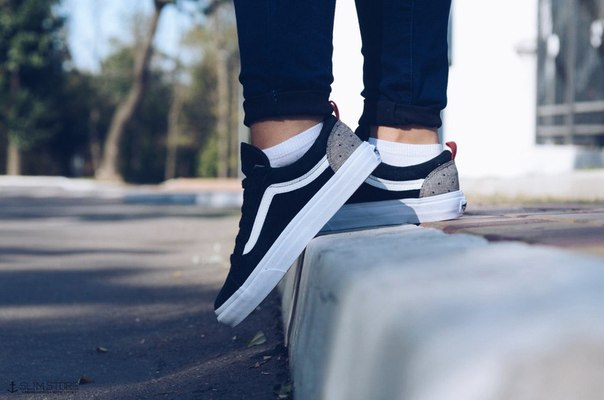 Slim Store Sneaker shoes and street wear